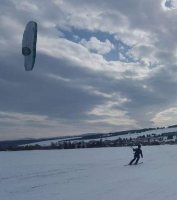 Snowkiting recenzia - Dušan